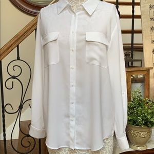 Madison size L white button down tunic blouse